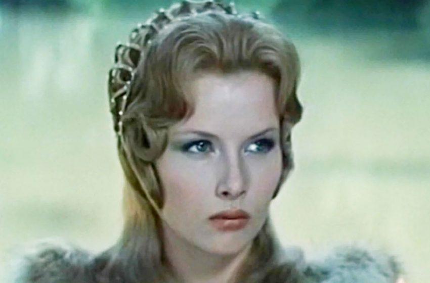 """""""Баллада о доблестном рыцаре Айвенго"""": Как  сегодня живёт и выглядит леди Ровена"""